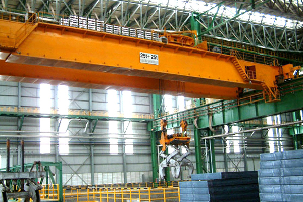 Overhead Crane with Clamps