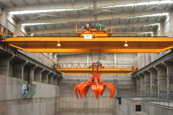 Overhead-Crane-for-Garbage-Disposal