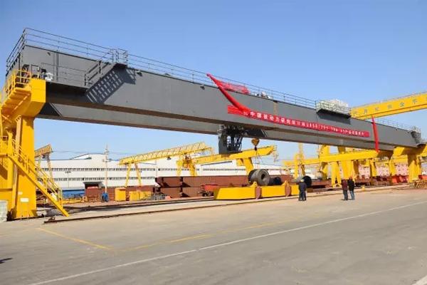 nuclear-overhead-crane