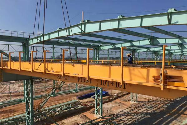 steel-plant-crane