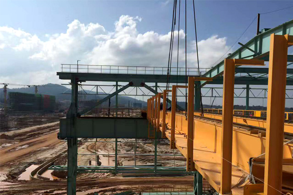 Malaysia-installation-overhead-crane
