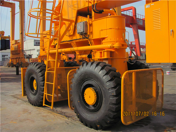 rubber-tired-gantry-crane