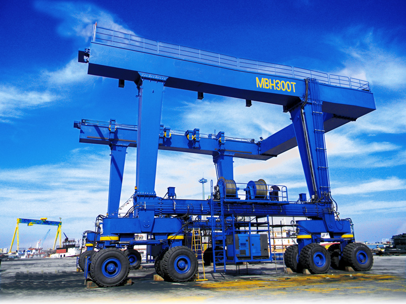 Tire-Gantry-Crane-300-Ton-For-Boat-Transport