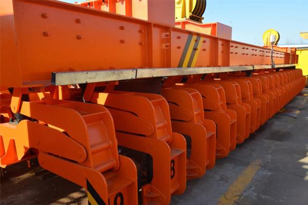 anode-carbon-stacking-crane