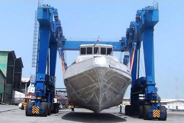 boat-handling-crane