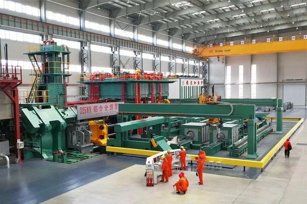 crane-Aluminum-alloy-production