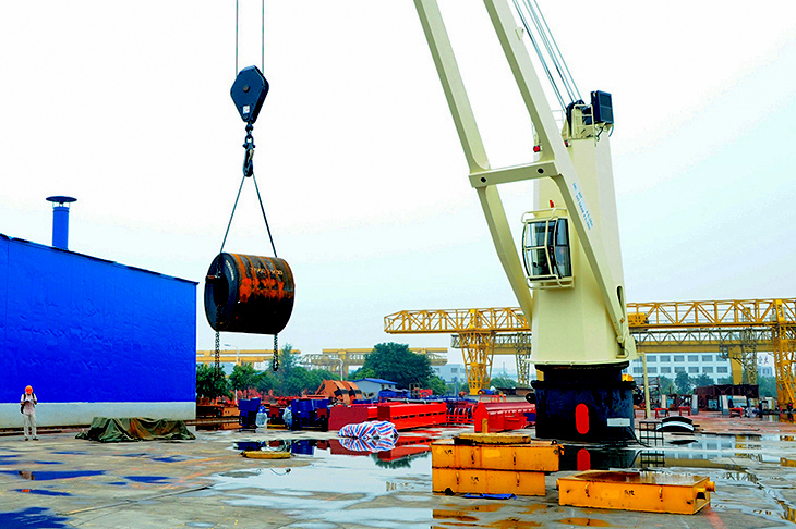 crane-on-deck.