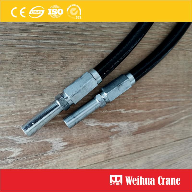 crane-steel-wheel-Lubricating-pipe