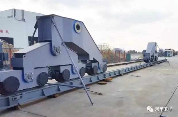 crane-traveling-mechanism