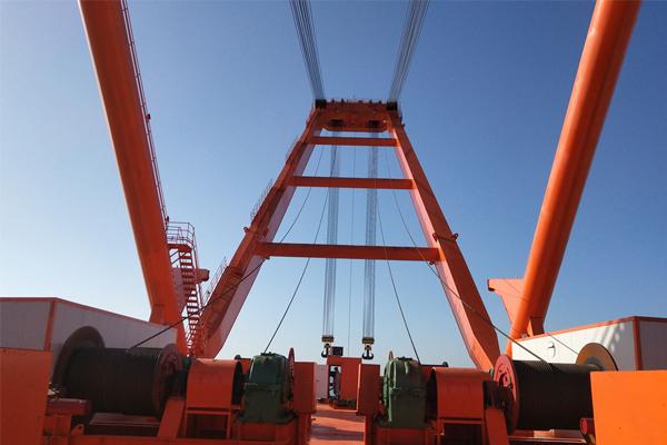 derrick-crane-660t