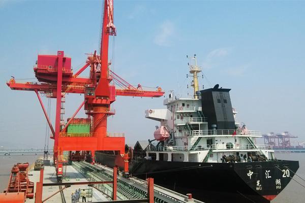 grab-ship-unloader