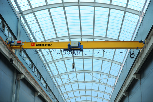 low-clearance-crane