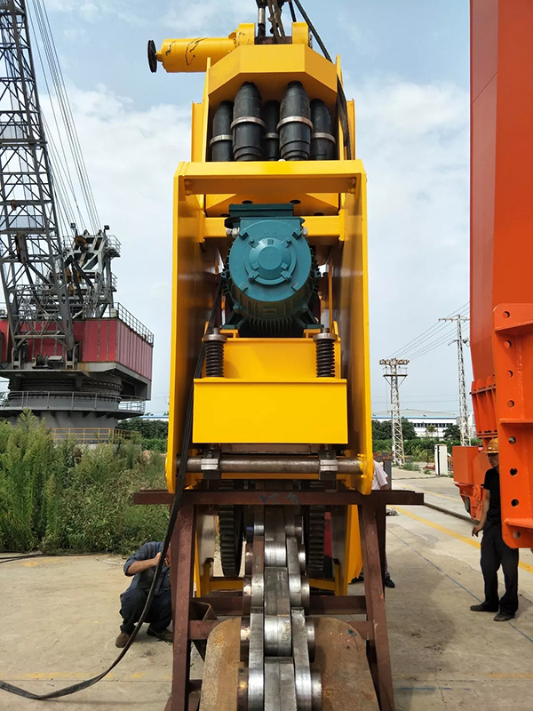 material-turnning-machine