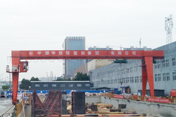 metro-construction-gantry-crane