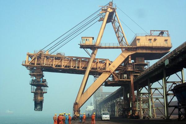 movable-ship-unloader
