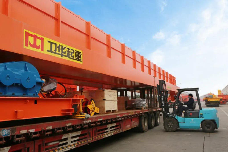 on-site-loading-overhead-crane