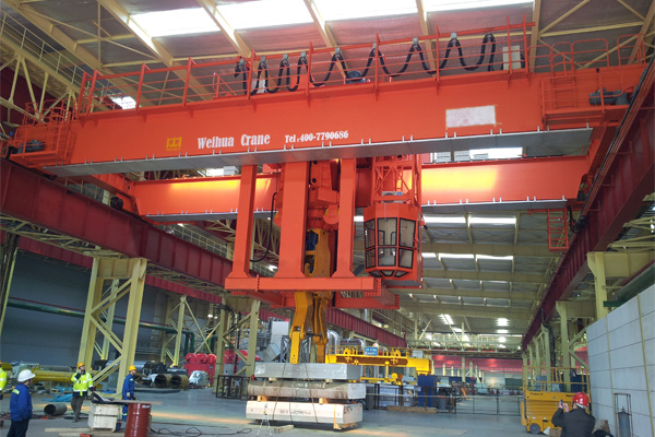 overhead-crane-with-clamp