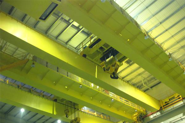 overhead-running-crane