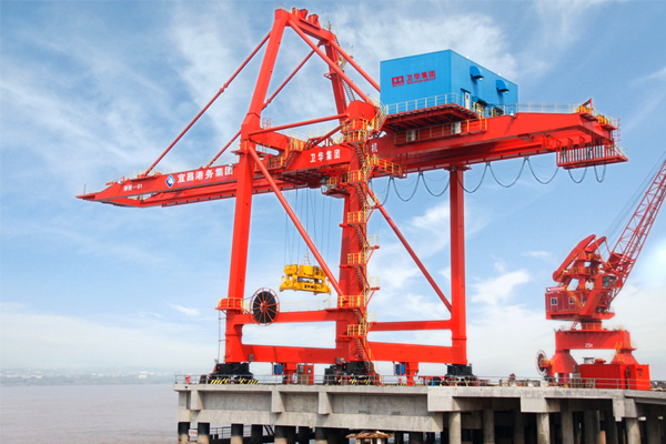 quayside-container-crane