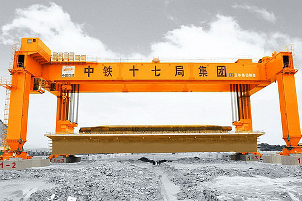 railway-construction-crane