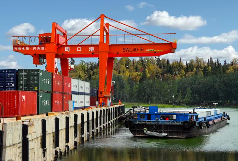 river-port-rmg-crane