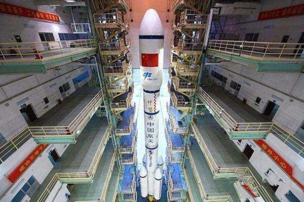 Weihua Cranes Assist Launch of China's Space Lab Tiangong-2