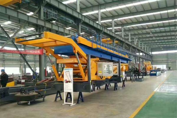 tile-maker-crane