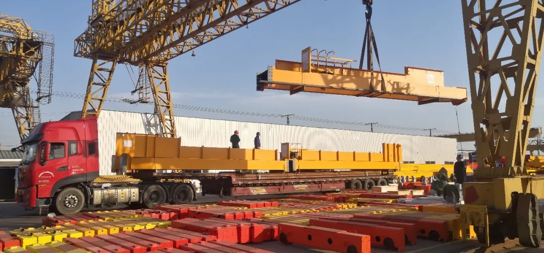 weihua-crane-loading-truck-to-mexico